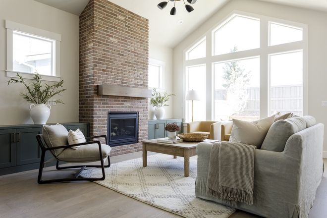 Sherwin Williams SW 7570 Egret White Living Room Paint Color Sherwin Williams SW 7570 Egret White