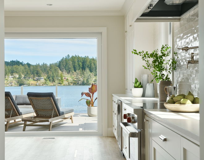 Benjamin Moore Cloud White Kitchen cabinets with Benjamin Moore Gray Mist on walls Benjamin Moore Cloud White Kitchen cabinets with Benjamin Moore Gray Mist on walls #BenjaminMooreCloudWhite #kitchen #cabinets #BenjaminMooreGrayMist