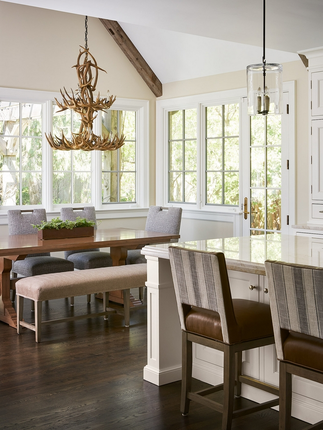 Dark hardwood floor formula used by interior designers 50 per cent Minwax Jacobean 50 per cent Minwax Ebony #Darkhardwoodfloor #Darkhardwoodfloorformula #interiordesigners #MinwaxJacobean #MinwaxEbony