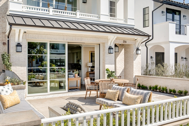 California home with front patio and sliding patio door California home with front patio and sliding patio door California home with front patio and sliding patio door #California #home #frontpatio #slidingpatiodoor