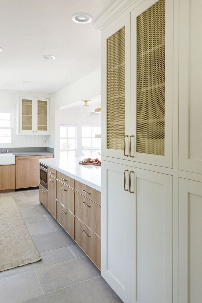 Kitchen Pantry Cabinet White Kitchen Cabinetry White Shaker style with a brass wire mesh inlay Kitchen Pantry Cabinet White Kitchen Cabinetry White Shaker style with a brass wire mesh inlay #KitchenPantry #KitchenCabinet #pantry #WhiteKitchen #Cabinetry #Whiteshakercabinet #Shakerstyle #wiremesh #wiremeshinlay