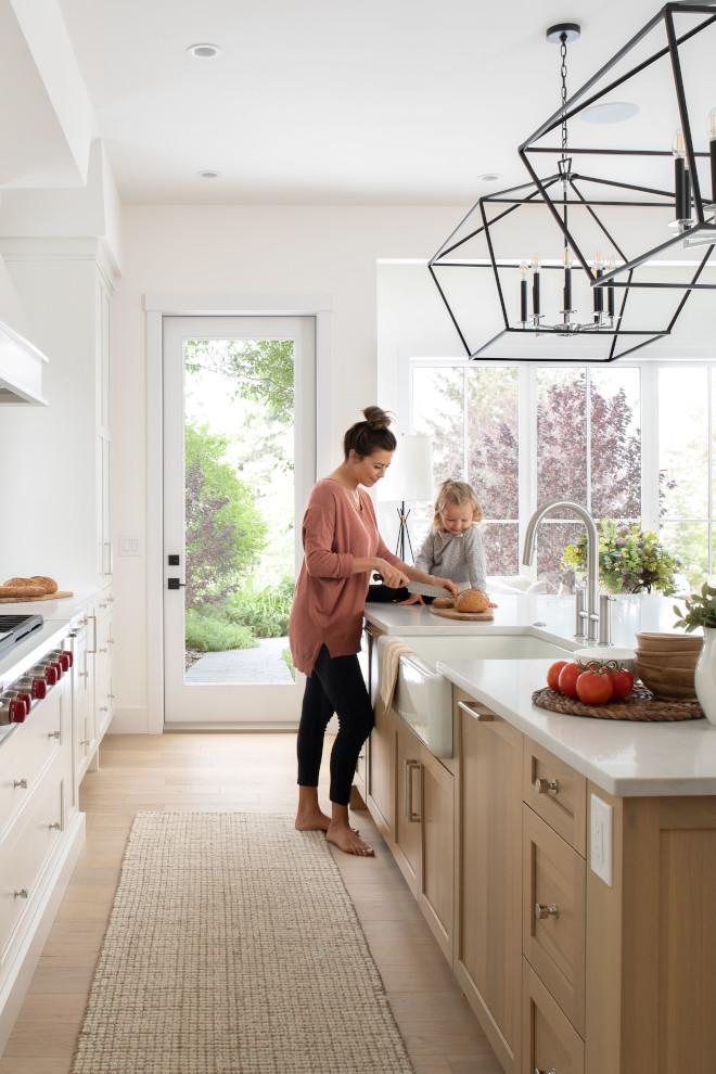 Modern-Farmhouse-White-Oak-kitchen