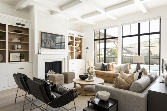 Modern Farmhouse Interior Design The overall warmth of the color tones and interiors create a classy but family-friendly feel Modern Farmhouse Interior Design Modern Farmhouse Interior Design Modern Farmhouse Interior Design #ModernFarmhouseInteriorDesign #ModernFarmhous #eInteriorDesign