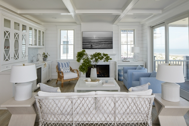Sherwin-Williams-Pearly-White