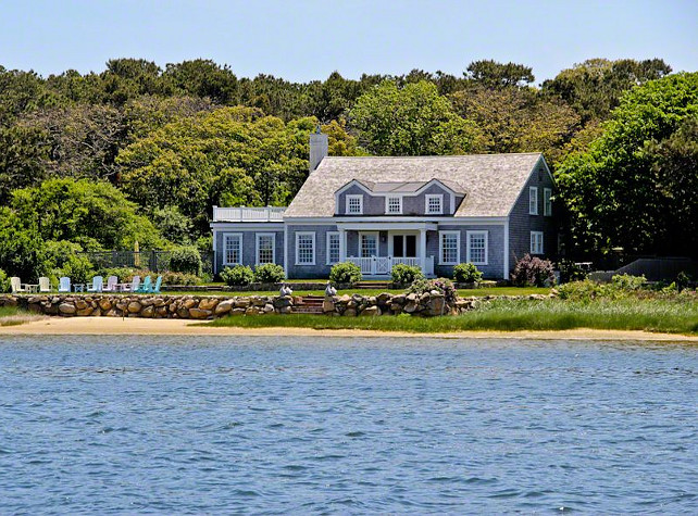This Clic Cape Cod Cottage Sits Majestically On The Sline Of Sengekontacket