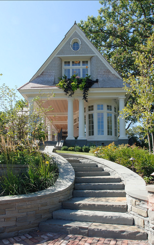Traditional lake house home bunch interior design ideas for Shingle style architecture