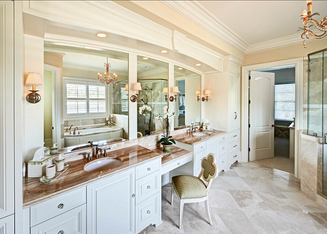 Traditional home with beautiful interiors home bunch - Sherwin williams foothills interior ...