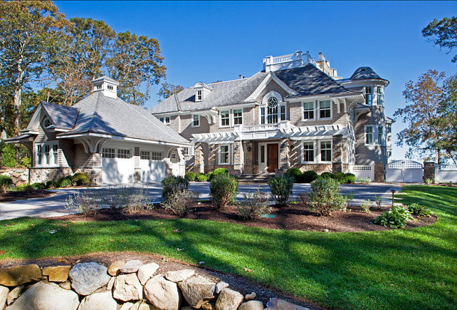 Classic shingle home home bunch interior design ideas for Luxury shingle style house plans
