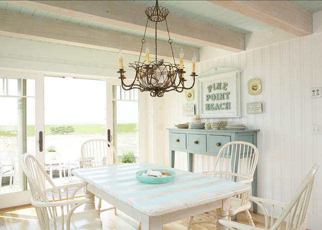 Super Coastal Cottage With Paint Color Ideas Home Bunch Interior Largest Home Design Picture Inspirations Pitcheantrous