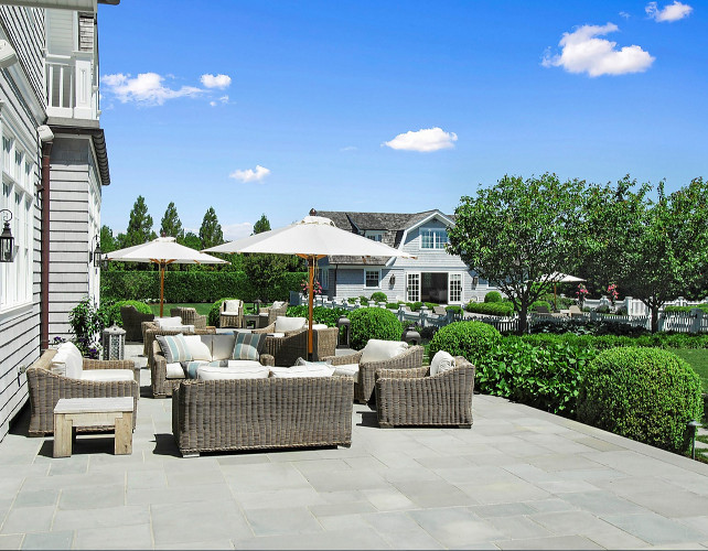 Patio Decoraing Ideas. This patio was perfectly decorated. I love the patio furniture and the view to the pool house. #Patio #Patiodecor #PatioFurniture