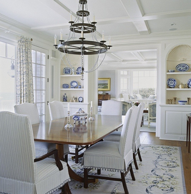 Hamptons Style Living Room Decor