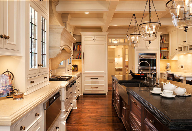 Traditional Off White Kitchen Design This