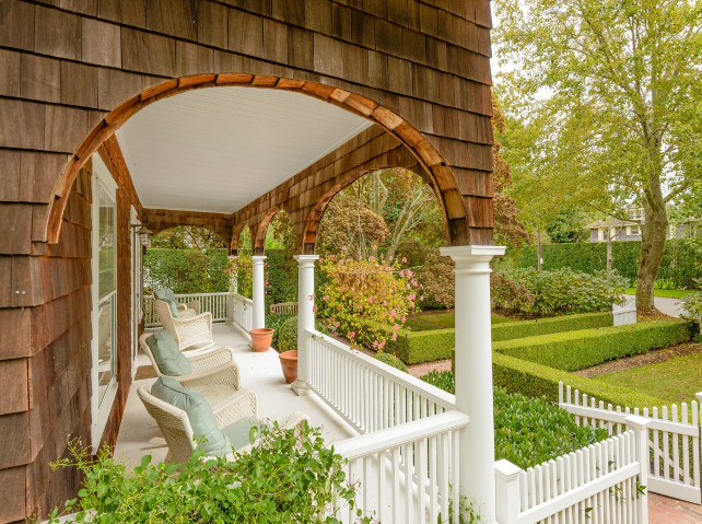 Porch. Front Porch. This front porch belongs to a cottage in Southampton. Very chaming! #Porch #FrontPorch