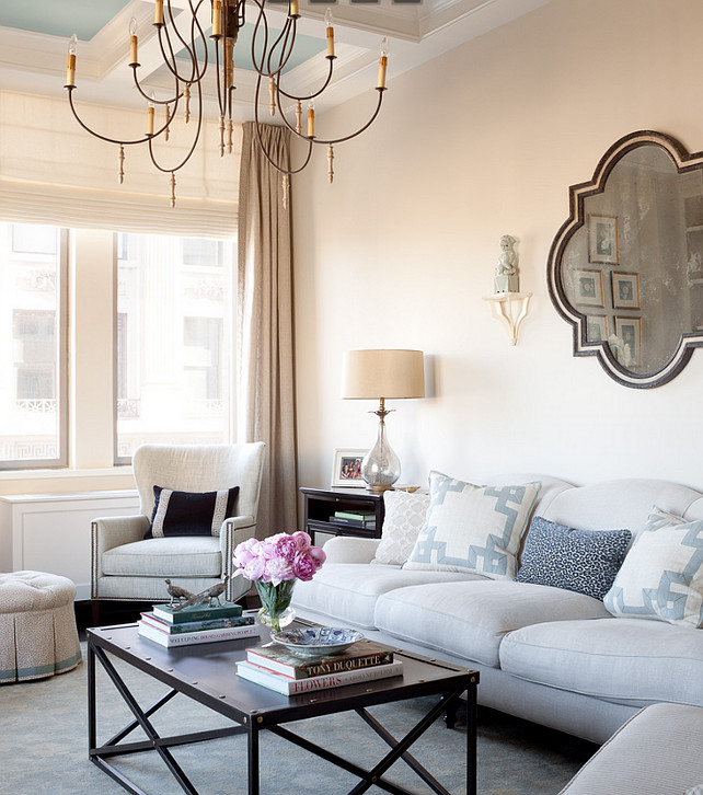 Apartment Interiors. Traditional Apartment Interior Ideas. How to Design Traditional Apartment Interiors. #Apartment #Interiors #TraditionalInteriors #TraditionalApartment #InteriorIdeas #TraditionalApartmentInteriorIdeas  Jenny Wolf Interiors.