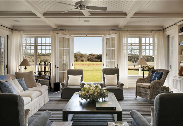 Classic Hamptons Beach House Home Bunch Interior Design