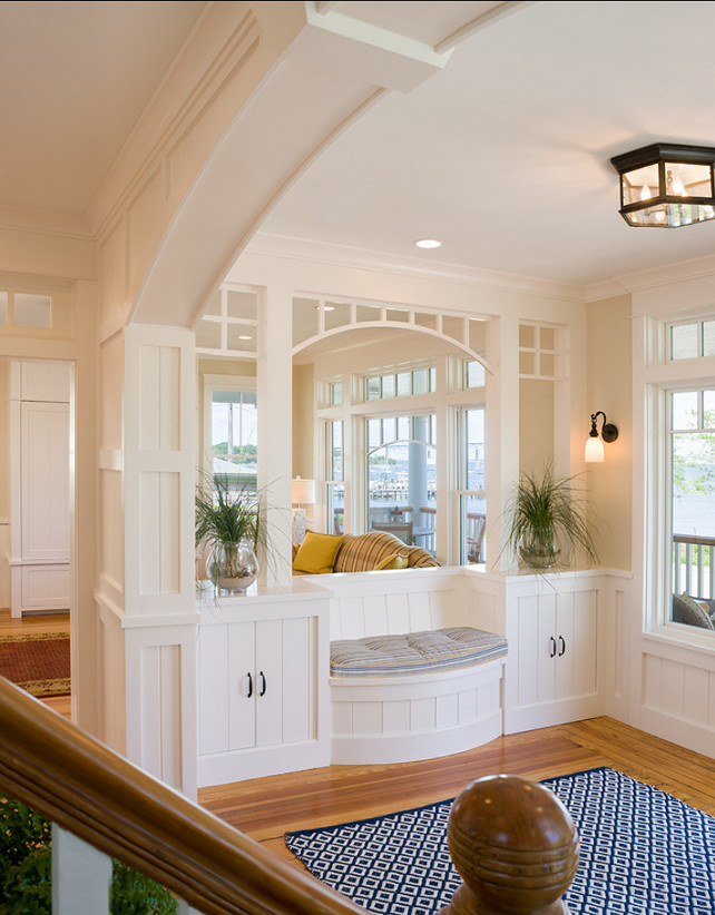 Foyer Paint Benjamin Moore : Coastal home with inspiring interiors bunch