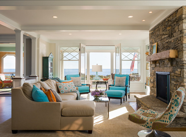 Living Room. Small Space Design Ideas for Living Rooms. #LivingRoom #SmallSpace #Layout