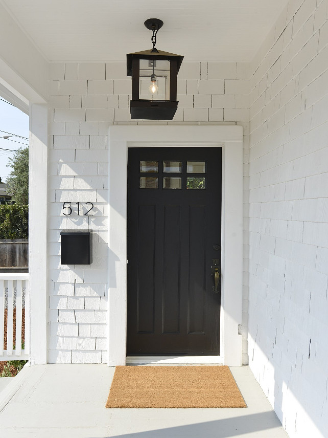 Small cottage with coastal white interiors home bunch for Small exterior doors