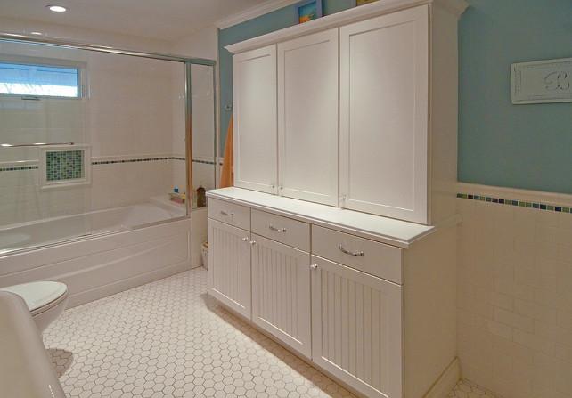 Kids bathroom ideas home bunch interior design ideas - Jamestown blue paint color ...
