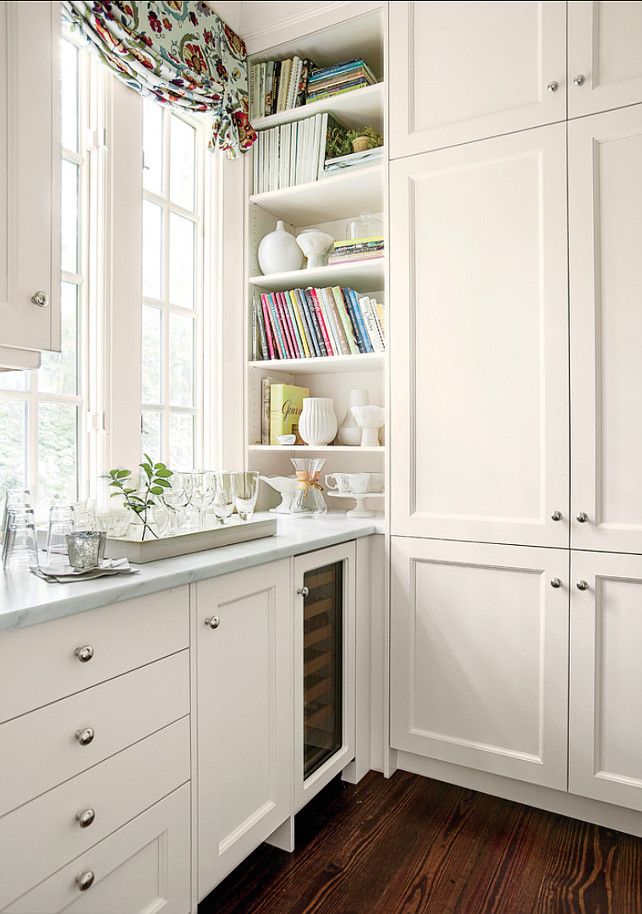 Kitchen Cabinet Ideas. I like the idea of designing a cabinet on corner to store books and other special decorative items. #KitchenCabinet #Kitchen #Cabinet