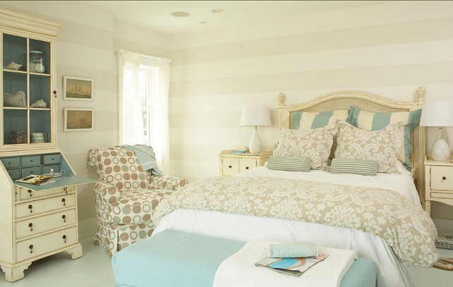 Coastal Cottage With Paint Color Ideas Home Bunch