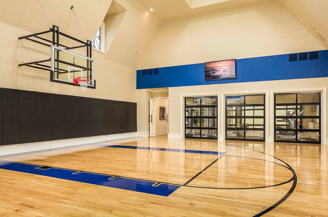 Dallas mansion home bunch interior design ideas for Basketball court inside house