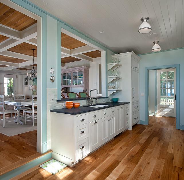 How To Design A Coastal Kitchen: Home Bunch Interior Design Ideas