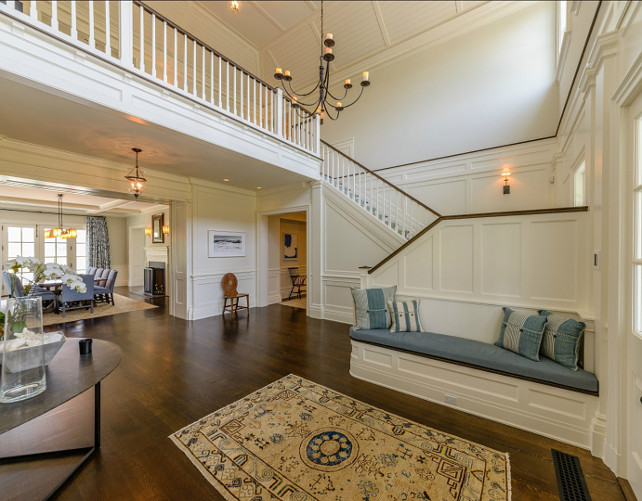 Foyer. If you're looking for ideas for your classic coastal foyer, look no further. This foyer has to be one of the best out there. #Foyer #Coastal #Interiors