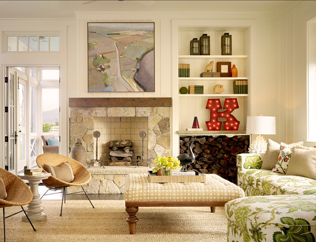 Family Room. Neutral Family Room with pops of color. #FamilyRoom #NeutralInteriors