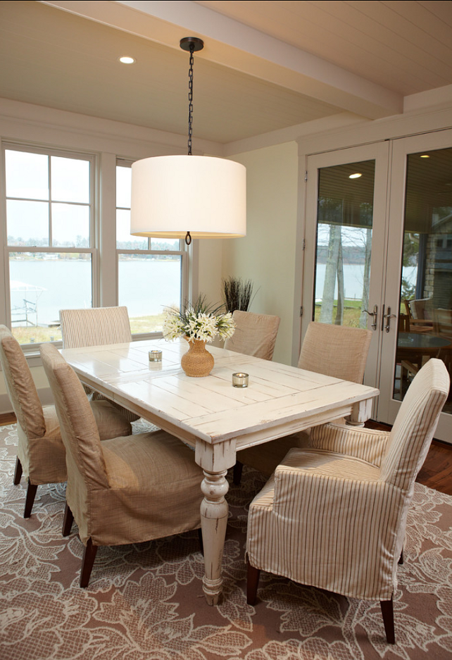 Lakeside cottage home bunch interior design ideas for Cottage dining room ideas