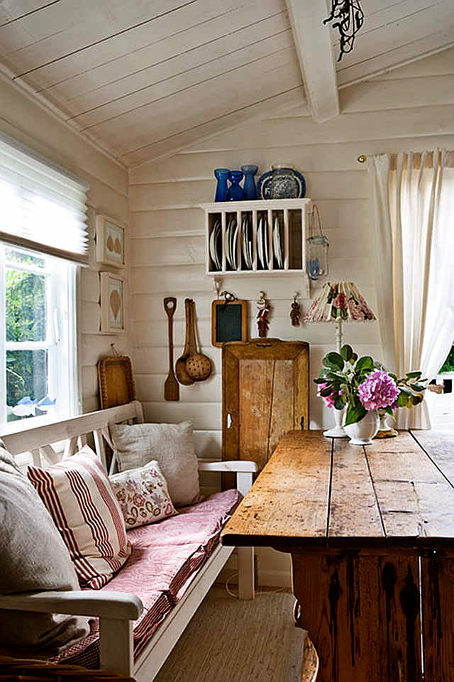 Cottage of The Week A Cottage for Two Home Bunch – Interior Design Ideas