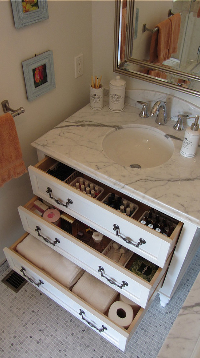 Bathroom Ideas. Bathroom Ideas. Great bathroom storage ideas. Everything is organized in this bathroom, which makes it's easier to get ready in the morning. #Bathroom #BathroomDesign #BathroomIdeas #Storage #StorageSolutions.