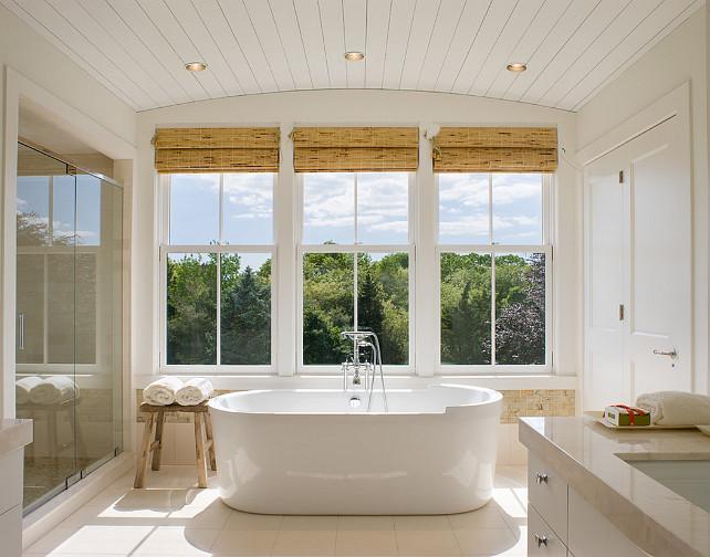 Bathroom. Bathroom windown. Bathtub and windows. #Bathroom #Bathtub #windows Gale Goff Architect