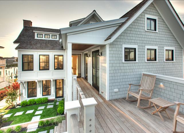 Beach House. Modern Shingle Beach House. #BeachHouse #ShingleBeachHouse