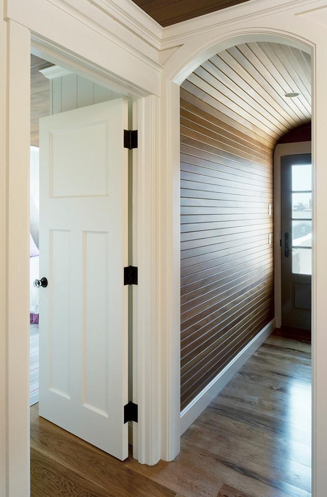 Small Shingle Beach Cottage Design - Home Bunch Interior Design Ideas