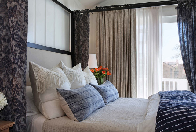 Bedroom Bedding Ideas. Blue and white bedoom bedding. Coastal Bedding. #Bediing #BeddingIdeas #Blueandwhite