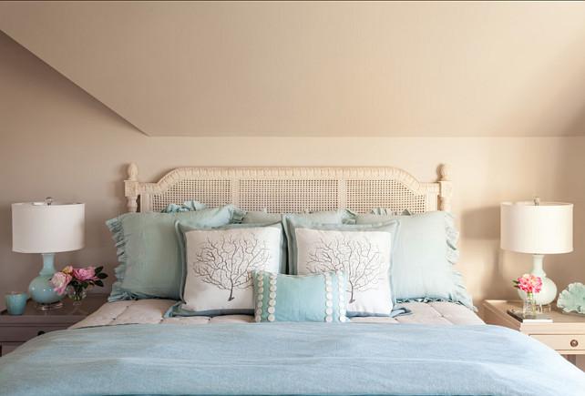 Bedroom Bedding. Bedding ideas. #Bedding #BedroomBedding #BeddingIdeas #BeddingDesign