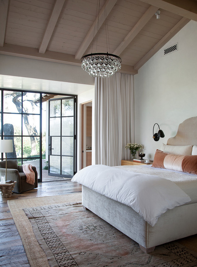 Interior design ideas home bunch interior design ideas Chandelier in master bedroom
