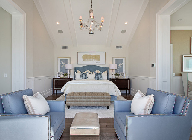 Ultimate california beach house with coastal interiors for Neutral bedroom paint color ideas