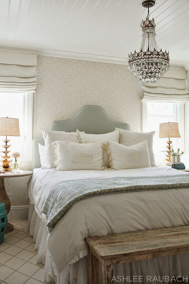 Beach house with neutral color palette home bunch for Neutral palette bedroom