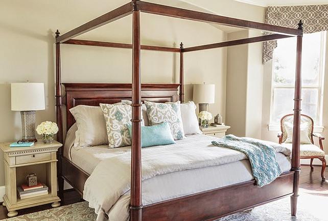 Bedroom. Traditional Bedroom Design. #Bedroom #TraditionalBedroom