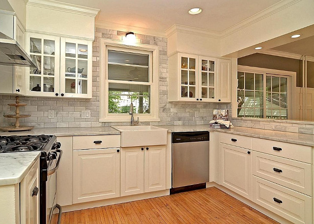 Benjamin Moore Paint Color Simply White Kitchen Cabinet Is