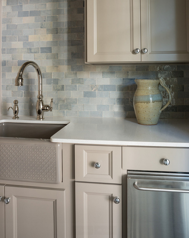 South carolina beach house design home bunch interior for Benjamin moore white paint for kitchen cabinets