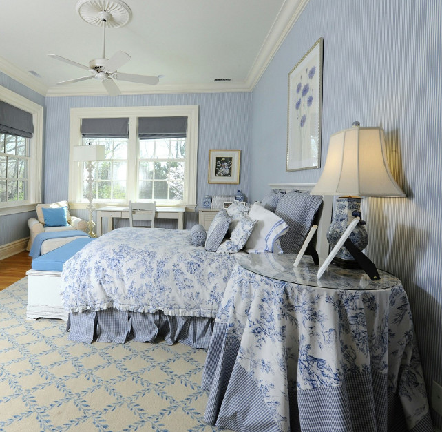 Blue And White Decor Ideas. Traditional Blue And
