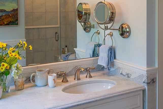 Blue bathroom. Blue coastal bathroom. #Bathroom #Blue #Coastal #BlueBathroom Polhemus Savery DaSilva Architects Builders.