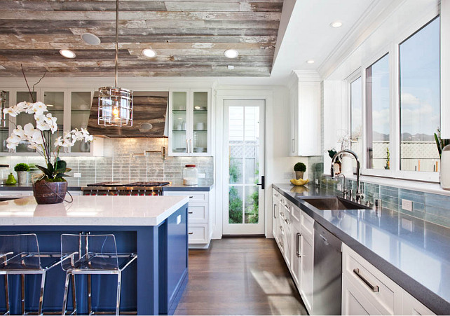 Blue kitchen Island. Blue kitchen island paint color. Similar Kitchen Island Paint Color: Benjamin Moore New York State of Mind. #BlueIsland #BlueKitchenIsland #BlueKitchenIslandpaintColor