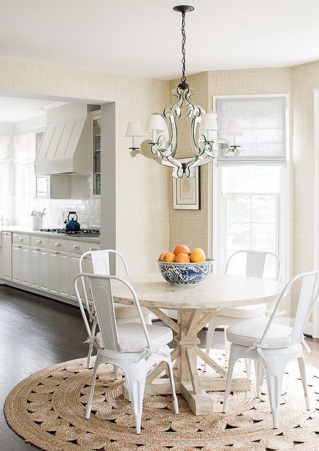 Breakfast Nook. Breakfast Nook Ideas. Breakfast Nook Table. Breakfast Nook Chairs. Breakfast Nook Rug. Breakfast Nook Lighting. Breakfast Nook GrassCloth Wallpaper. Breakfast Nook with mirrored baroque chandelier, Currey and Co Bellamour Chandelier. #BreakfastNook
