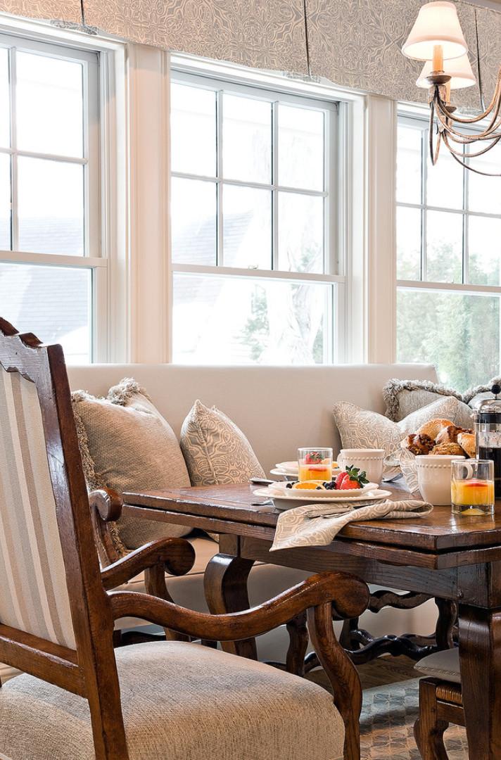 Breakfast Nook. Breakfast Nook Ideas. Breakfast Nook Design Ideas. #BreakfastNook Anita Clark Design.