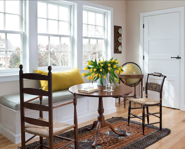 Breakfast Nook. Breakfast Nook Ideas. Cozy breakfast nook with lovely color scheme. #BreakfastNook #Nook #EatingNook