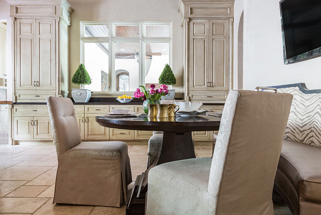 Breakfast Nook. Kitchen Breakfast Nook. Kitchen Breakfast Nook with Limestone Floors. #BreakfastNook #Kitchen #LimestoneFloor  Laura U, Inc.